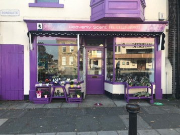 Florist darlington heavenly scent local delivery bouquets handties town center shop